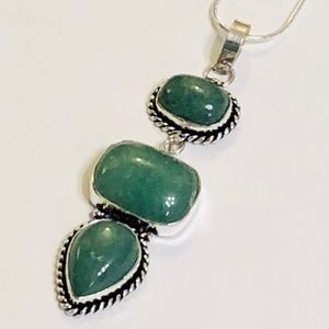 Three-stone Green Aventurine Necklace